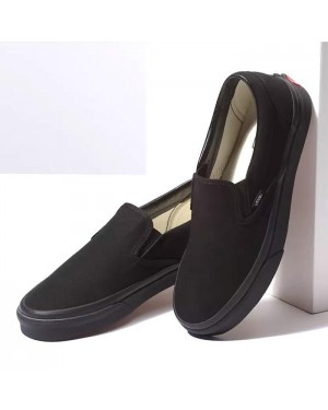 נעלי ואנס קלאסיק סליפ-און Vans Shoes Classic Slip-On Black